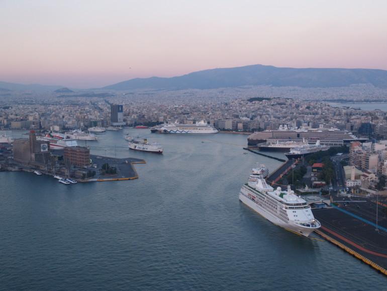 Cruise port market dynamics: The Med