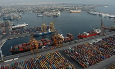 The production of capitalist ''smooth'' space in global port operations
