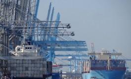 The effect of institutional factors on public–private partnership success in ports