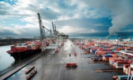 Strategic reorientation of port actors: insights from port of Rotterdam & port of Barcelona