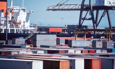 Counterbalancing peripherality & concentration: the UK container port system