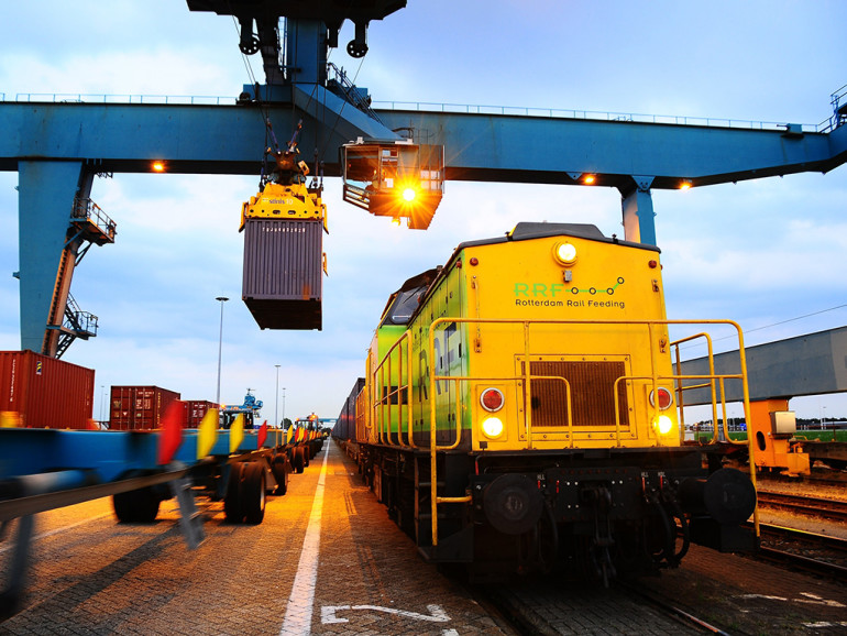 Port-related railway chains: an application to the port of Rotterdam
