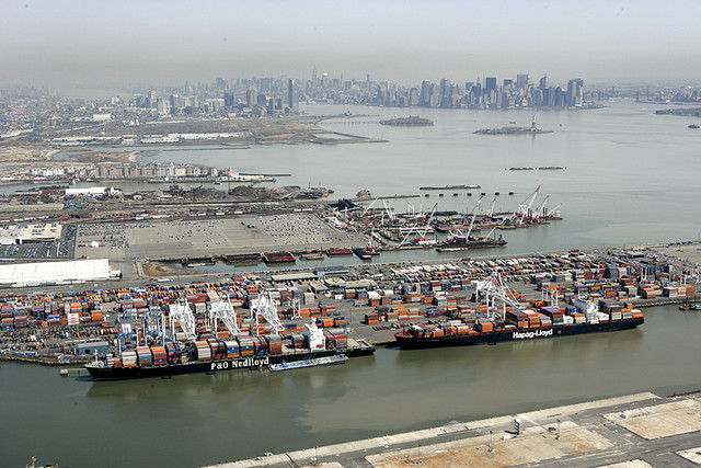 Trajectories of change in ports: the role of institutional frameworks