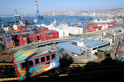 Latin America and the Caribbean ports: container throughput rises 1.7%
