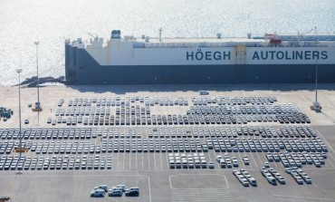 Port connectivity indices: an application to European RoRo shipping