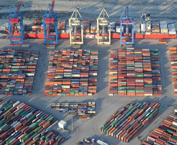"""PortGraphic: towards a """"Rotterdamisation"""" of the european container port system?"""