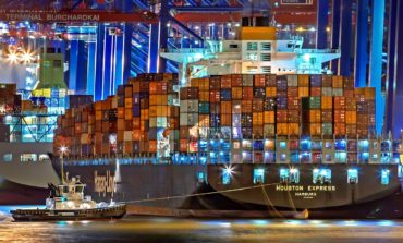 The Analyst: e-commerce, service differentiation and port operations