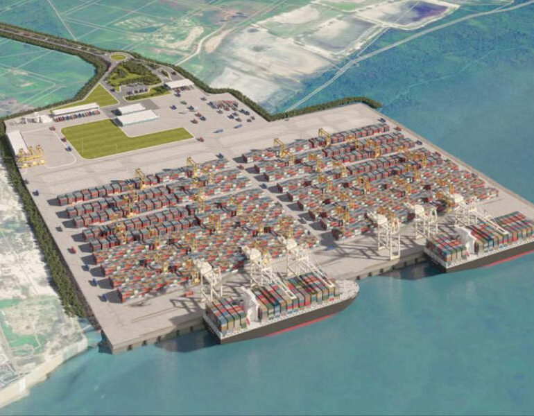 Port system evolution in Ecuador: migration, location splitting or specialisation?
